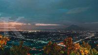 Buka puasa sambil melihat gemerlapnya Kota Gudeg, bisa di HeHa Sky View Jogja