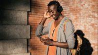 Caplok Discovery, AT&T Semakin Berotot di Bisnis Streaming - Selular.ID
