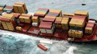 Ternyata Ribuan Kontainer Kargo Rutin Terjatuh dari Kapal lalu Mencemari Lautan