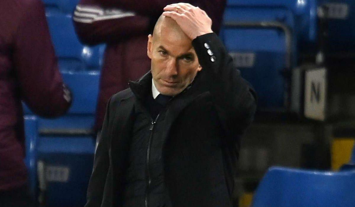 Zinedine Zidane Umumkan Bakal Tinggalkan Real Madrid Akhir Musim Ini - Gilabola.com