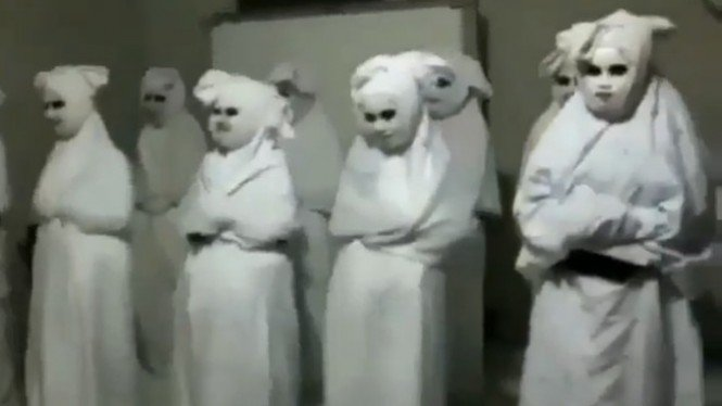 Video 11 pocong bikinan santri menyeramkan (Instgram/sahabatreligi)